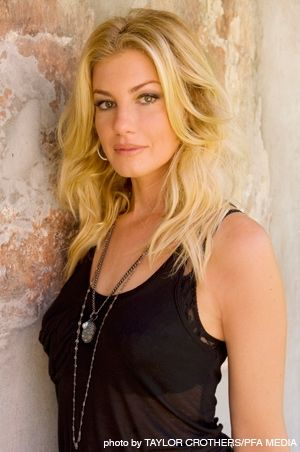Faith Hill was the most popular country singer in the 1990's ...
