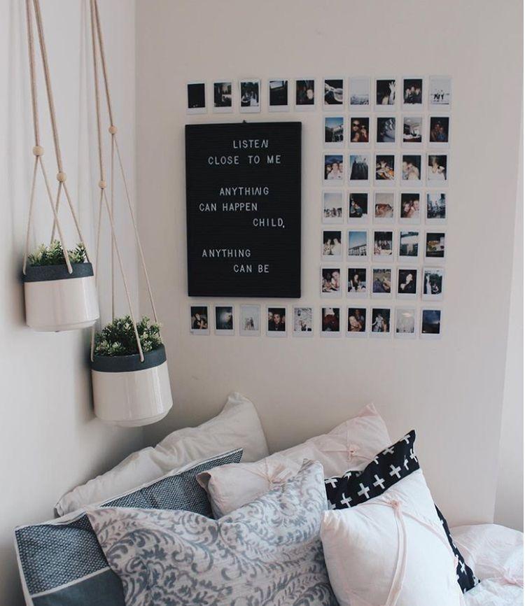 tumblr room, bedroom, desk, minimalist, minimalism ... on Room Decor Ideas De Cuartos Aesthetic id=47171