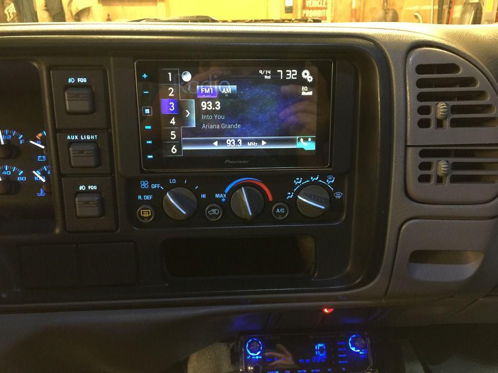 Custom Stereo Chevy Tahoe Interior Chevrolet Tahoe Interior Custom Chevy Trucks