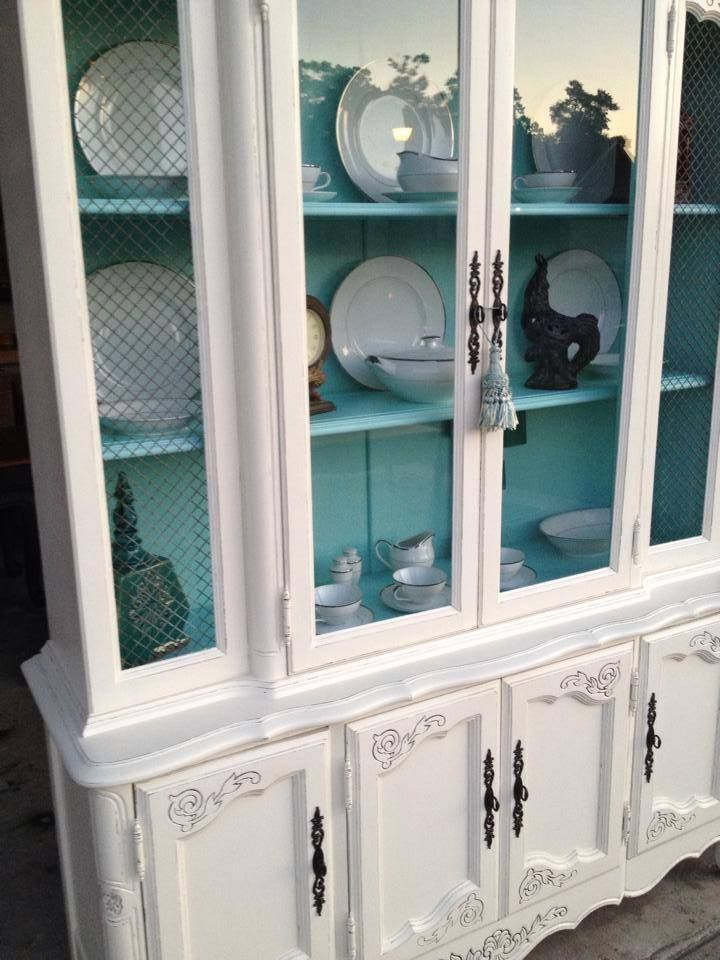 Antique White China Cabinet - General Finishes