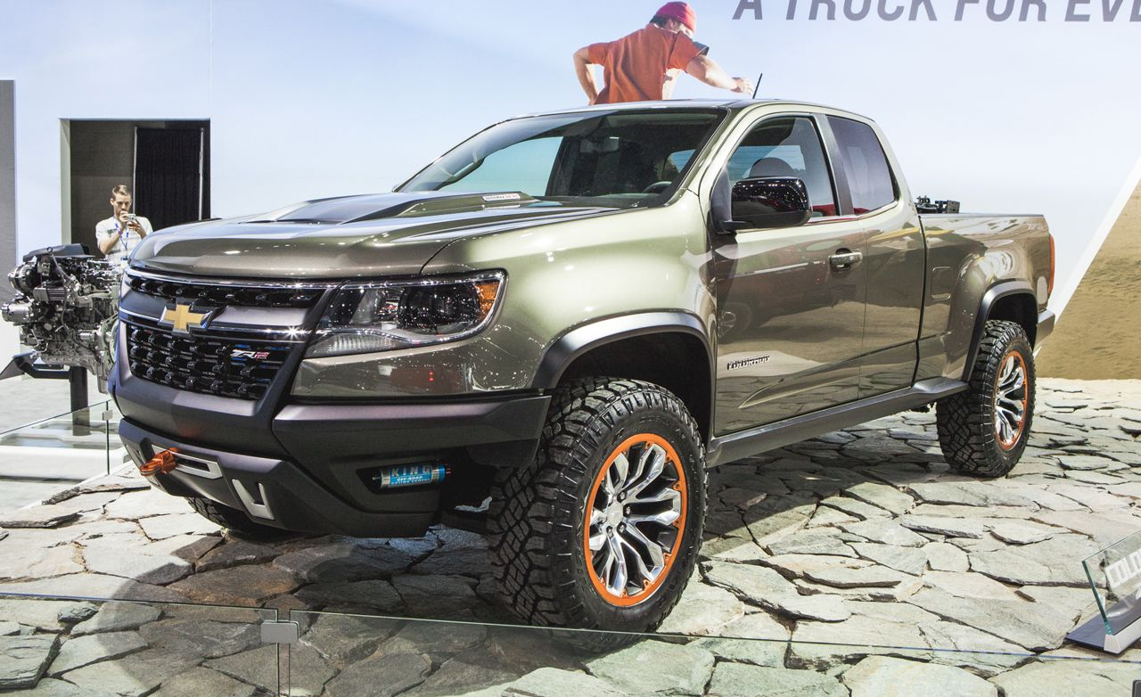 Chevrolet colorado zr2 concept ready for dirt and possibly production