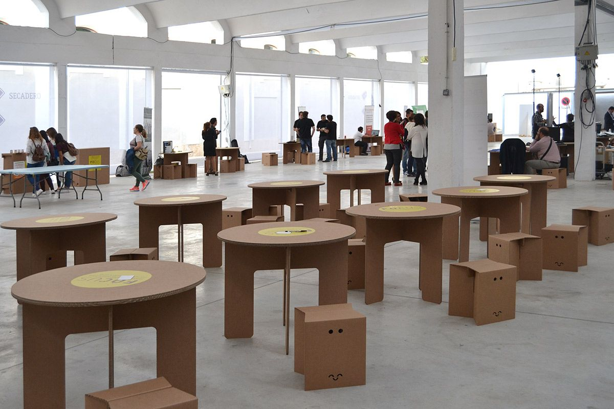 Muebles De Cart N Para Evento Focus Pyme Alicante Muebles De  # Muebles De Caeton