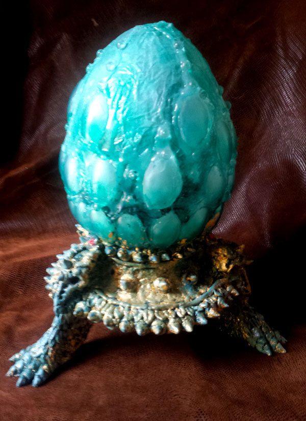 Lampe veilleuse led a piles oeuf de dragon vert game of - Veilleuse a pile ...