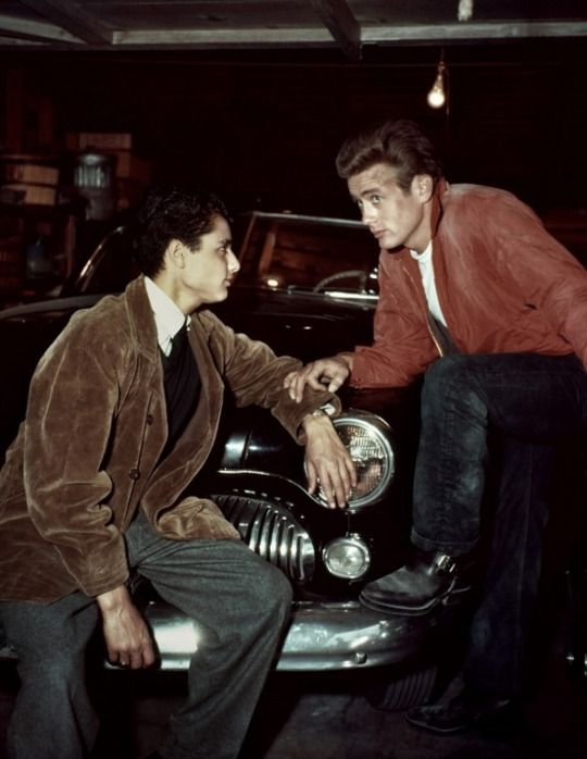 Sal Mineo and James Dean, behind the scenes of Rebel Without a Cause