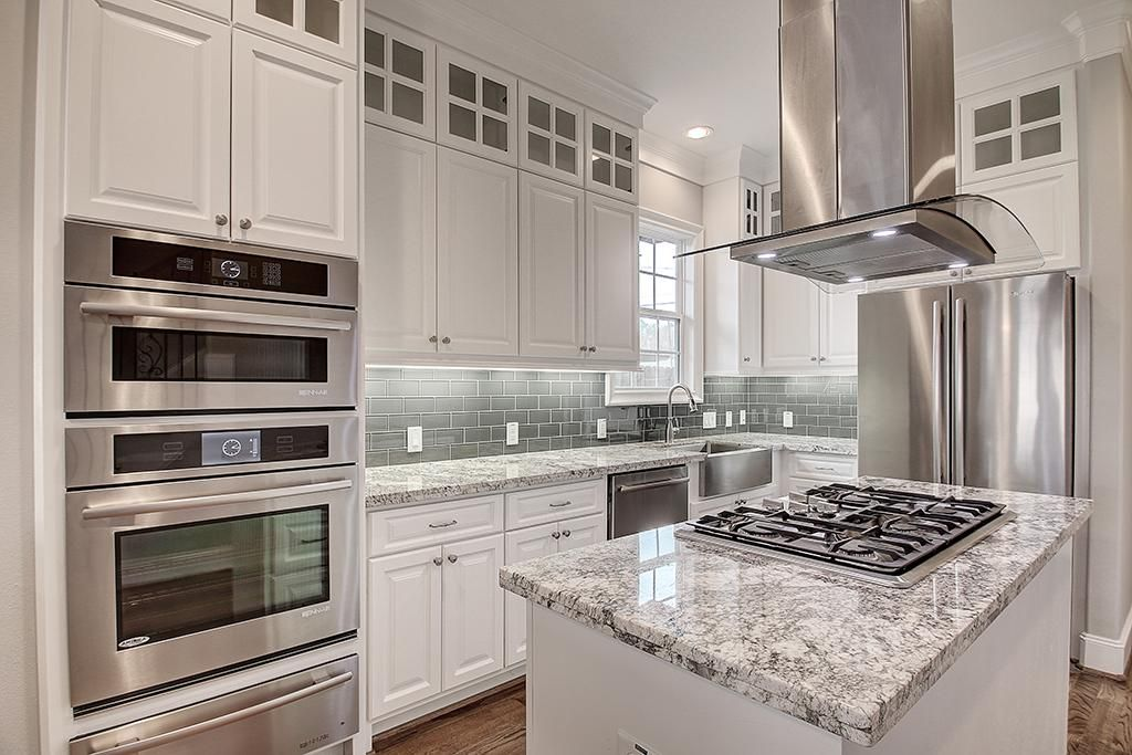 Best White Cabinets Light Grey Subway Tile Backsplash 400 x 300