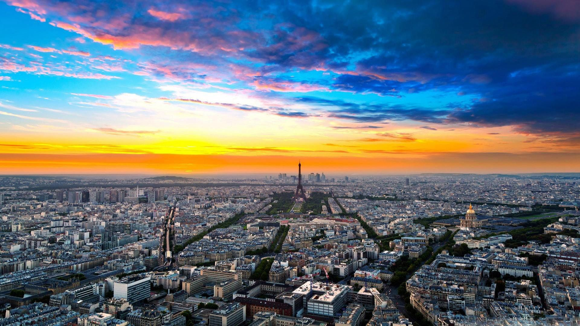 find out: paris night sky wallpaper on http://hdpicorner/paris