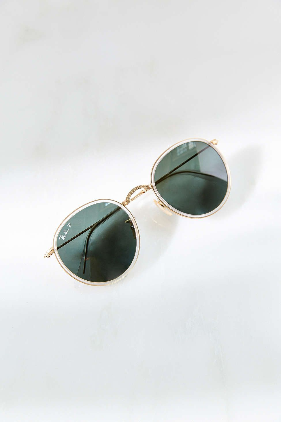 Totally gorgeous and on trend! Looking for photos of these on... Ray-Ban  Folding Lennon Sunglasses cb5907356c2e