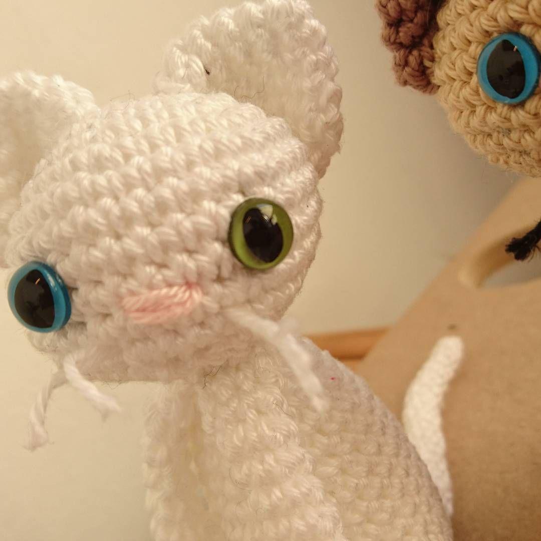 Milo Odd Eyed Kitty Amigurumi Patroon In Simply Haken Nummer 3