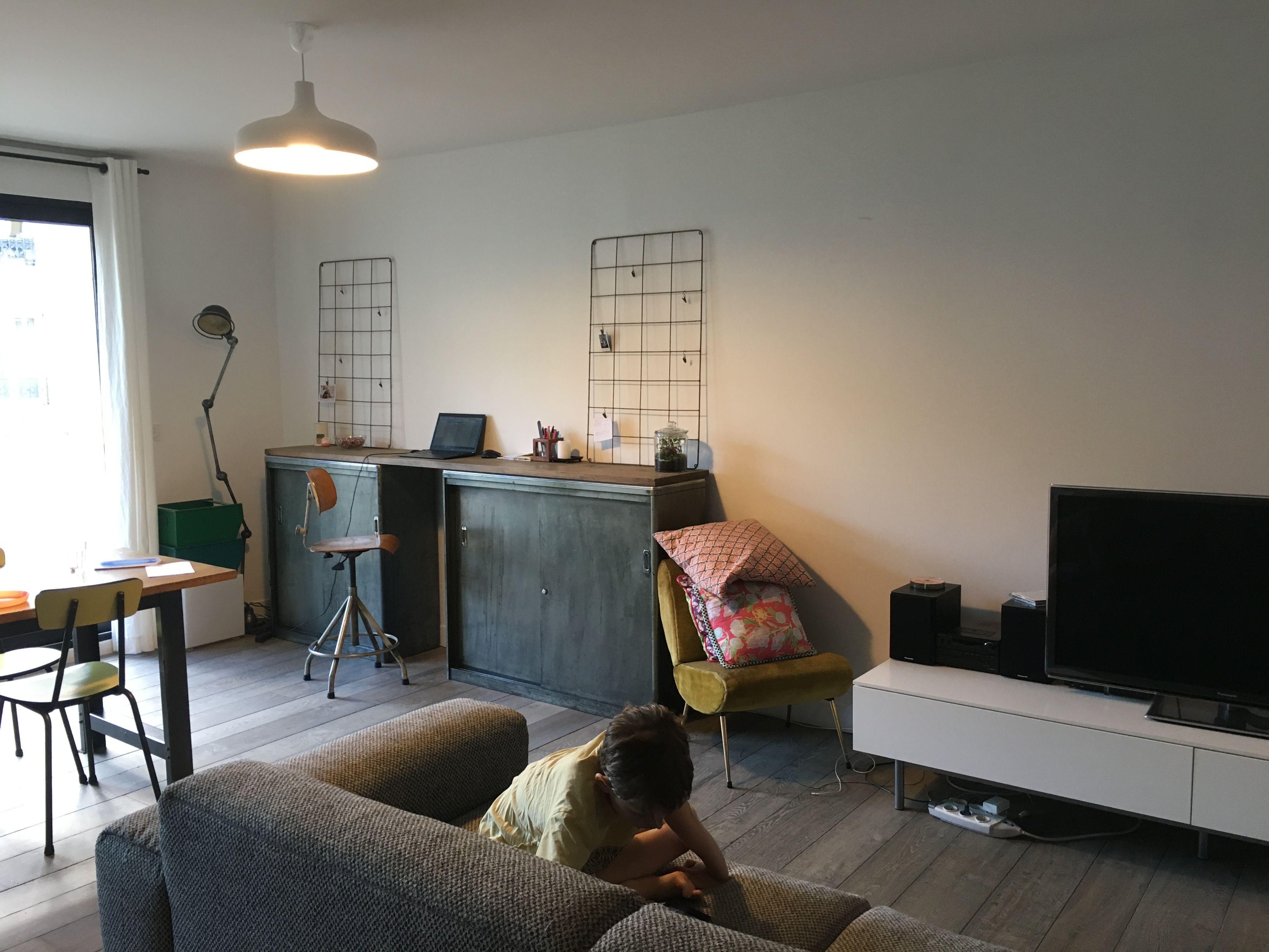 salon industriel meubles photos de brocante grilles bureau canap habitat meuble tv - Meuble Tv Jaune Ikea