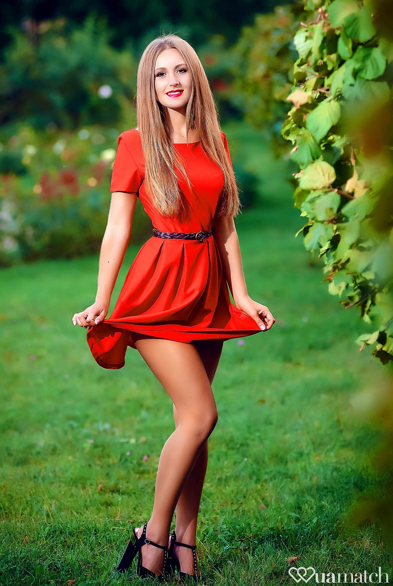dating ukraine girl Russian and ukrainian girls and women seeking foreign men the best and largest of dating sites focusing on russian brides, russian women and russian.