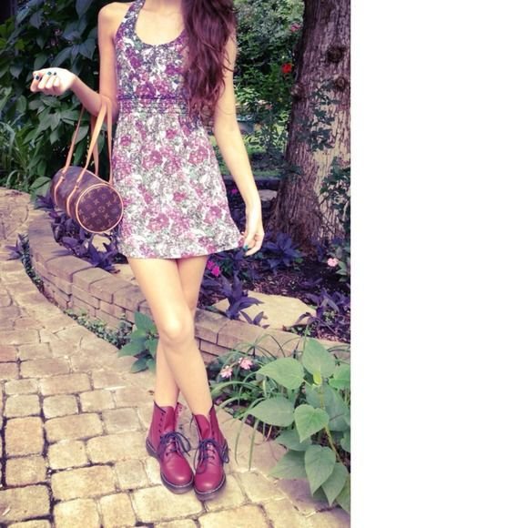 Lulu's Dresses & Skirts - NWOT!  Lulu's Floral Criss Cross Dress Small 2