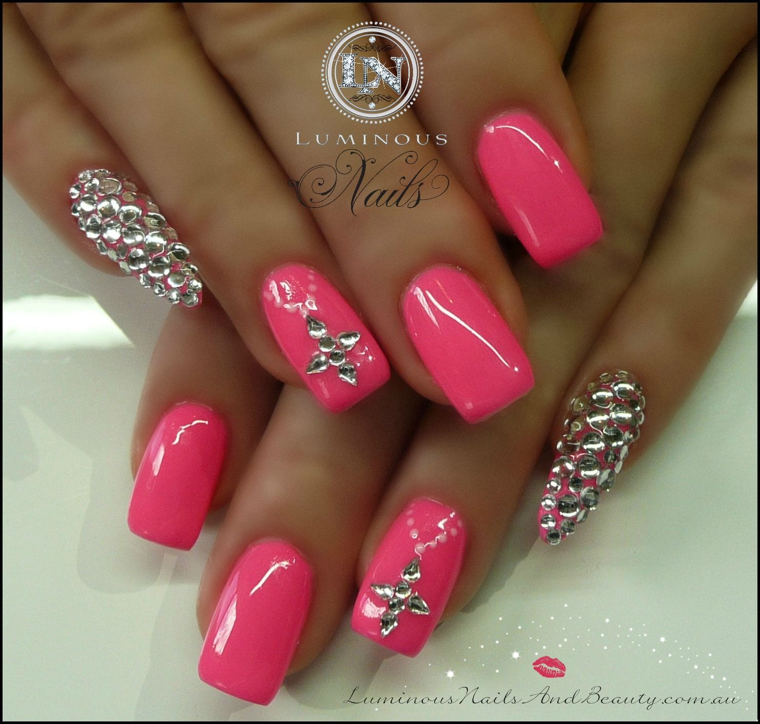De roze kleur is mooi - Nagels | Pinterest - Nagel, Gel acryl nagels ...