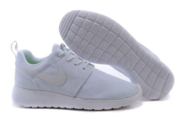 acheter populaire 613a1 cfcd5 Vivian Gibbon on | Teen fashion | Nike shoes cheap, Nike ...
