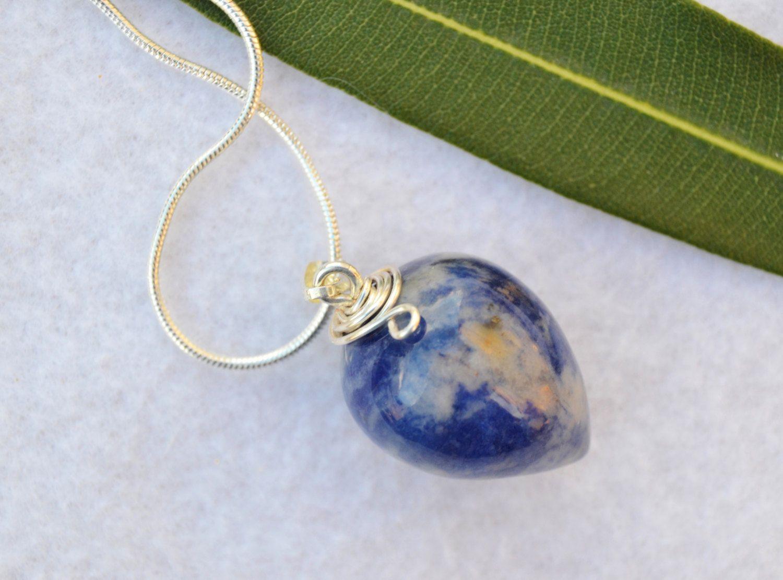 Sodalite pendulum necklace
