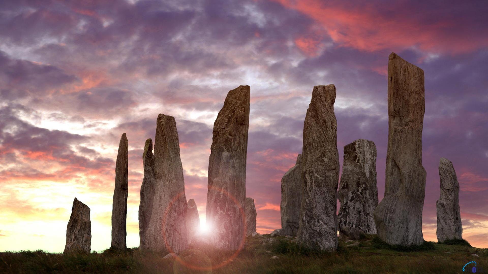 Desktop Wallpapers Callanish Standing Stones Isle Of Lewis Scotland Standing Stone Scotland Wallpaper Outer Hebrides