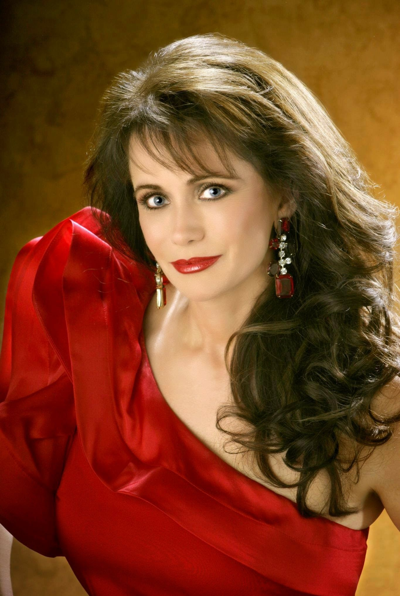 Lovely Louise Mandrell Country Music's Beautiful Women