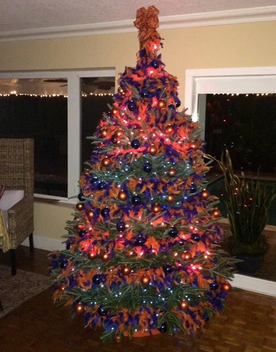 Gator Christmas Tree... | CHRISTMAS | Pinterest | Christmas ...