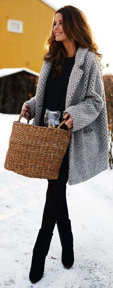 #street #style / all black + gray knit