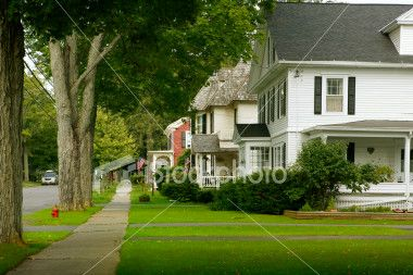 A Typical American Street In A Typical American Neighborhood Suburban House The Neighbourhood Small Towns Usa