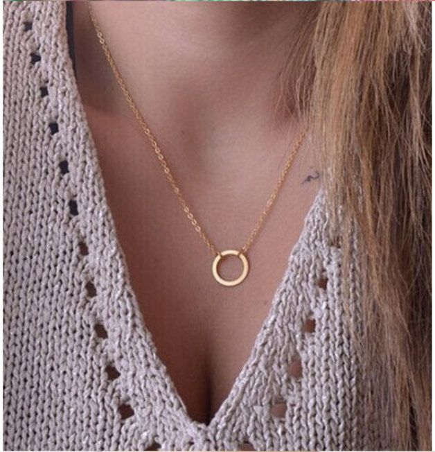 Great gift for minimalism lovers. Lovely Charm Necklace / Simple circle necklace in gold / silver – a unique product by Superarmband via en.DaWanda.com