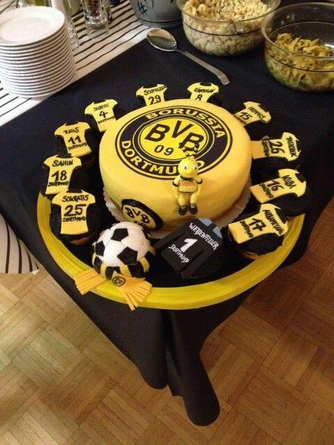 BVB Torte  Tortenbeispiele  Fondant cakes Cake und Torte