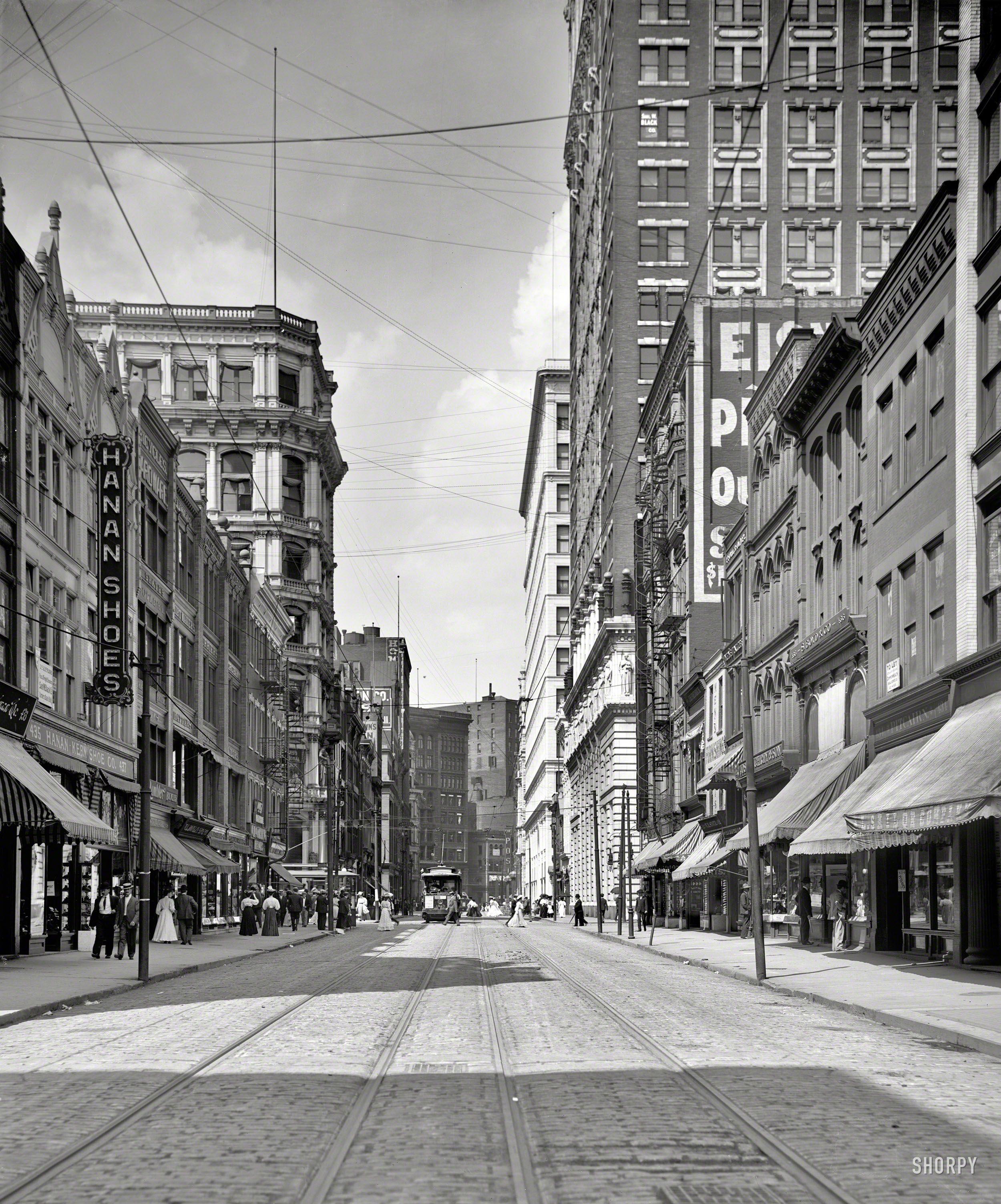 Shorpy Historical Photo Archive :: Hanan Shoes: 1905 ...