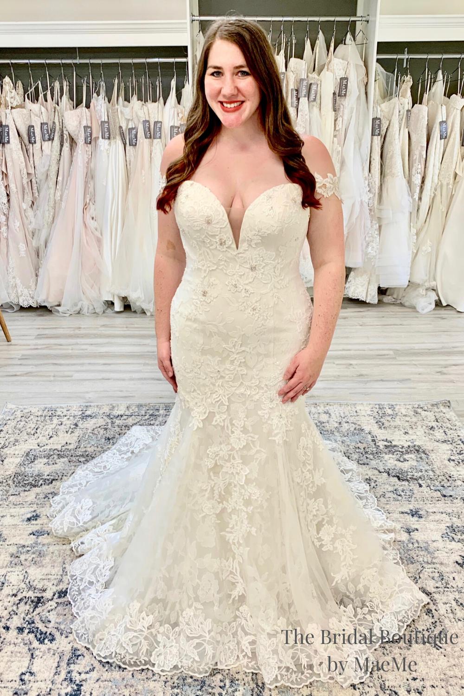 Layered Lace Plus Size Mermaid Wedding Dress Wedding Dresses Ivory Wedding Gown Bridal [ 1500 x 1000 Pixel ]