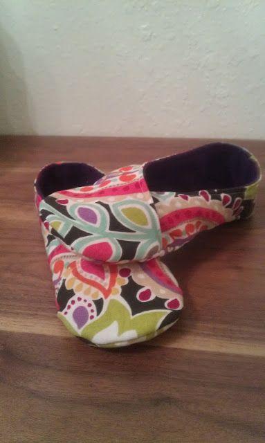 Free Kimono Slipper pattern!   Socken, Schuhe und Puschen nähen ...