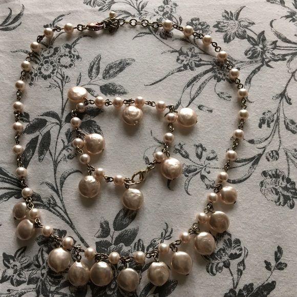 Light pink necklace and bracelet Light pink necklace and bracelet Jewelry Necklaces