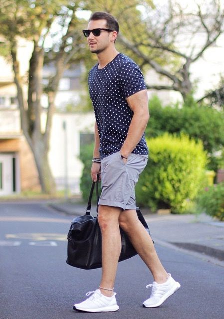 10 Ways To Wear Your T-shirt With Shorts