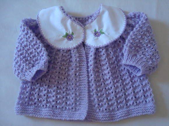 93ac5f287061 Todo feito a Mão de Tricô com lã própria para bebê, Gola de algodão podendo  ser bordado também a inicial do nome no lugar do desenho. Diversas cores. R$  67, ...