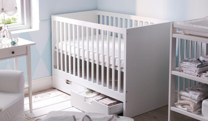 lit b b stuva blanc avec deux tiroirs de socle bb. Black Bedroom Furniture Sets. Home Design Ideas