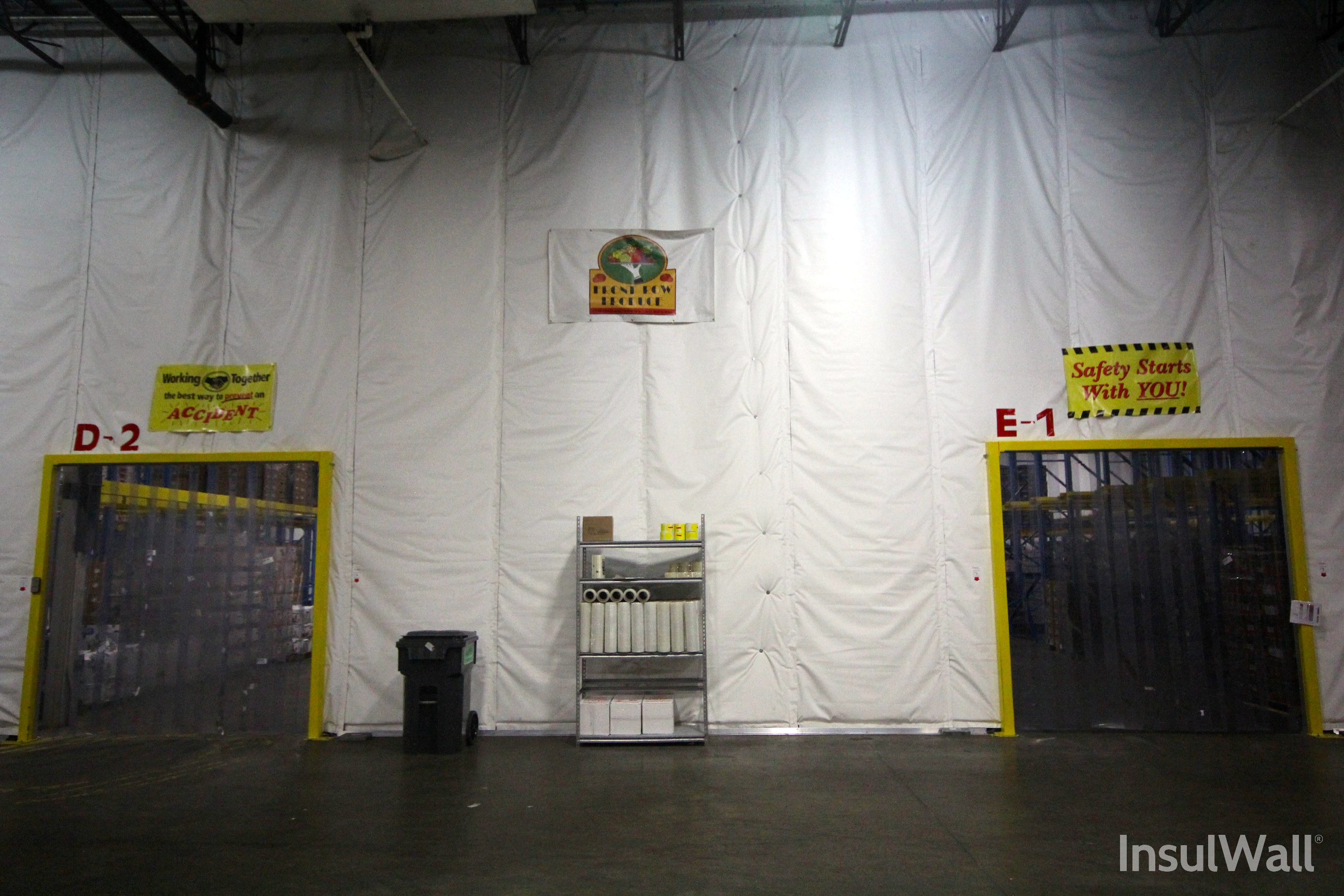Insulated curtains industrial - Randall Insulwall Insulated Warehouse Curtain Wall At Food Distributor Www Randallmfg