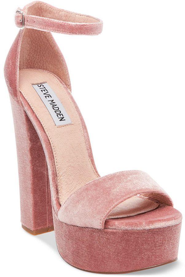 d47420eae0c Steve Madden Women s Gonzo-V Velvet Platform Sandals