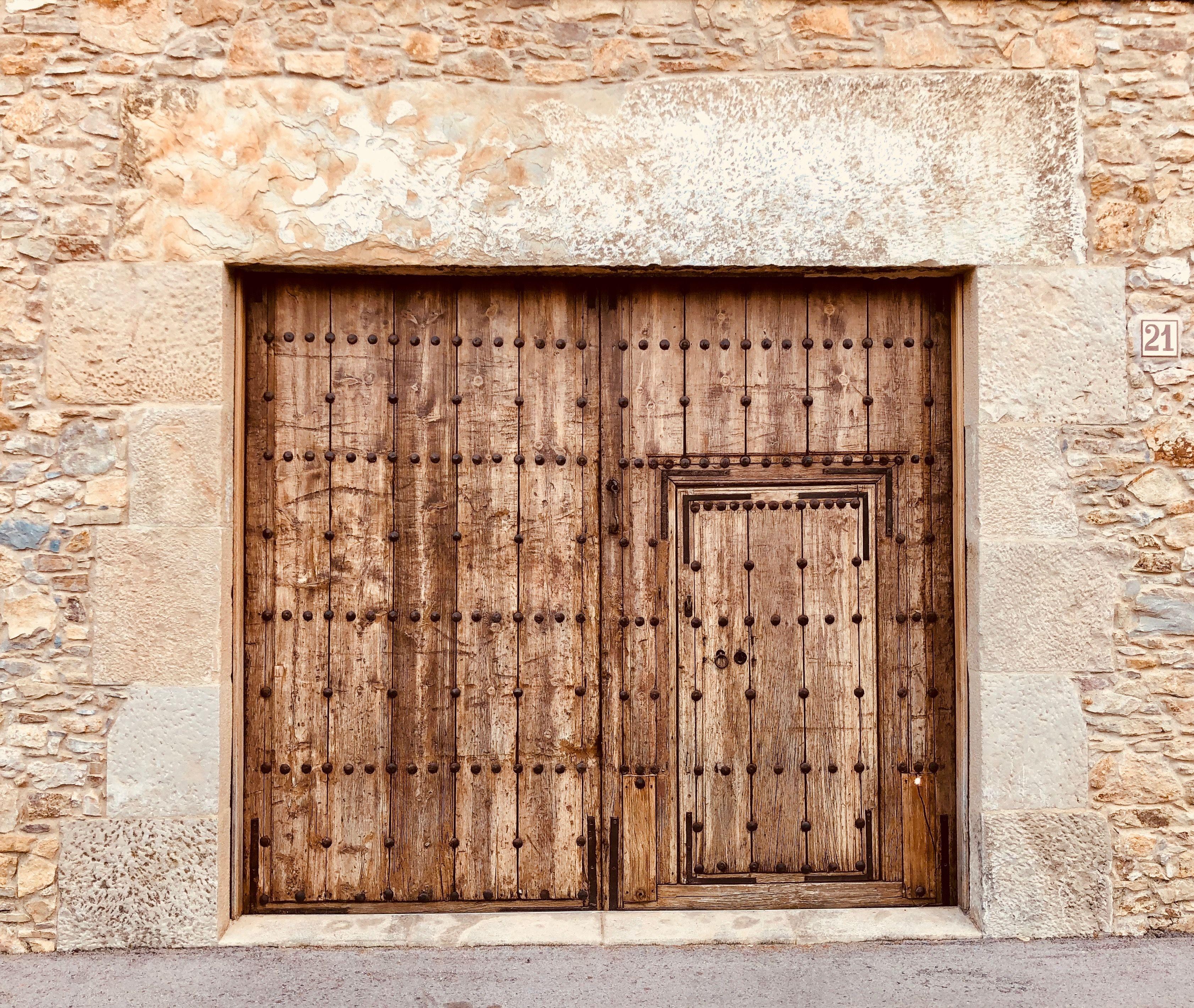 Sant Feliu De Boada Girona Door Texture Doors Garage Doors