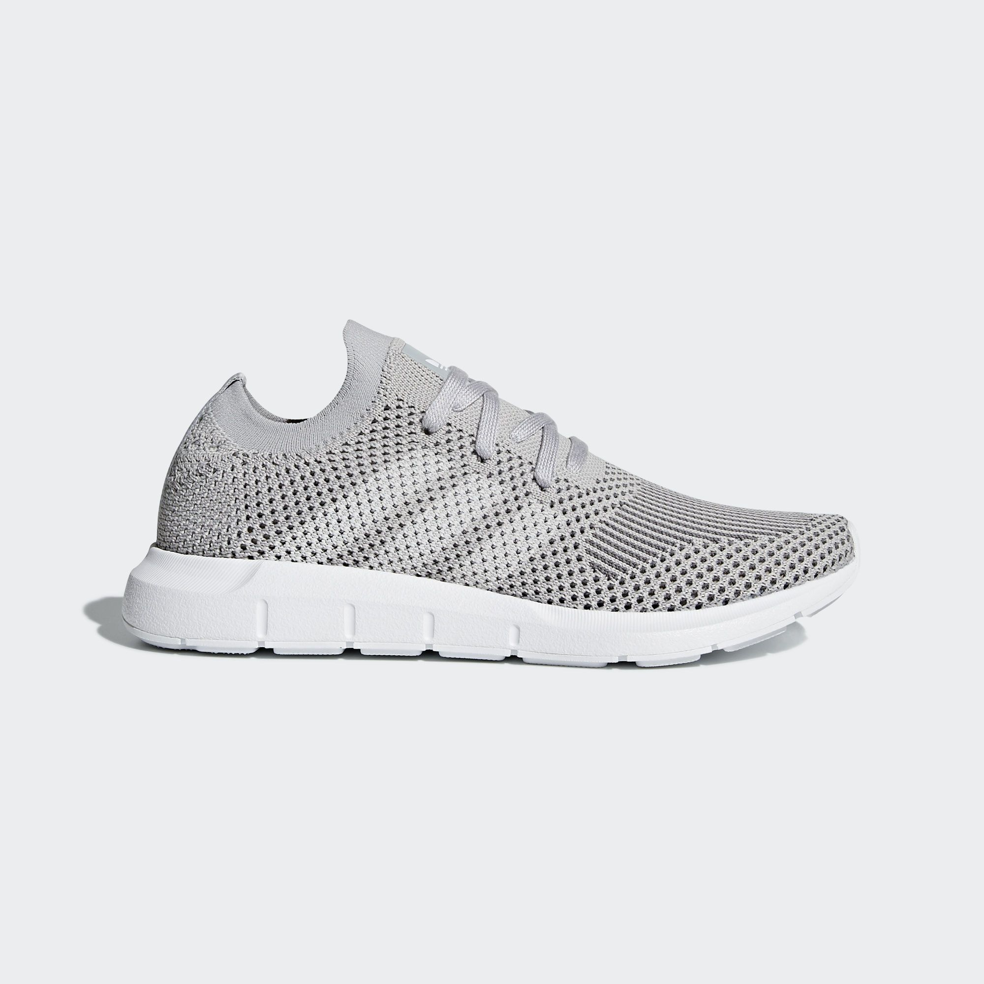 colegio Además Bibliografía  Women's Swift Run Primeknit Shoes | Adidas women, Adidas online, Grey adidas