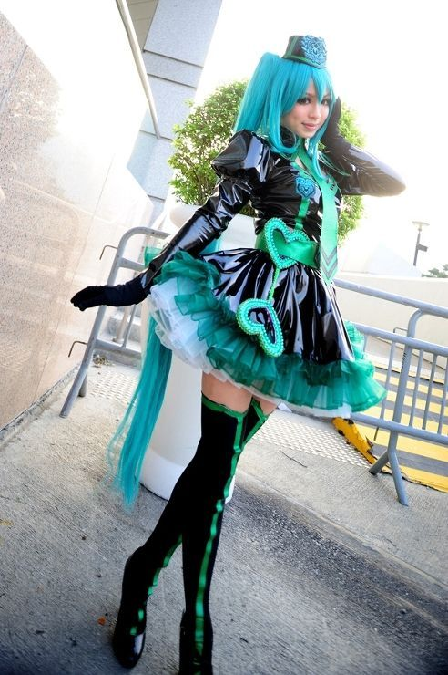 Top Cosplay of The Day: Hatsune Miku (VOCALOID) Coser: Arisa Chan (小  SL34