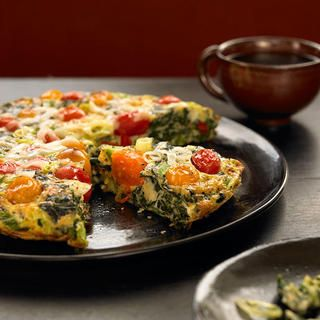 15-Minute Spinach Tomato Frittata http://www.bicycling.com/food/recipes/6-high-protein-dinners-easier-to-make-than-chicken/15-minute-spinach-tomato-frittata