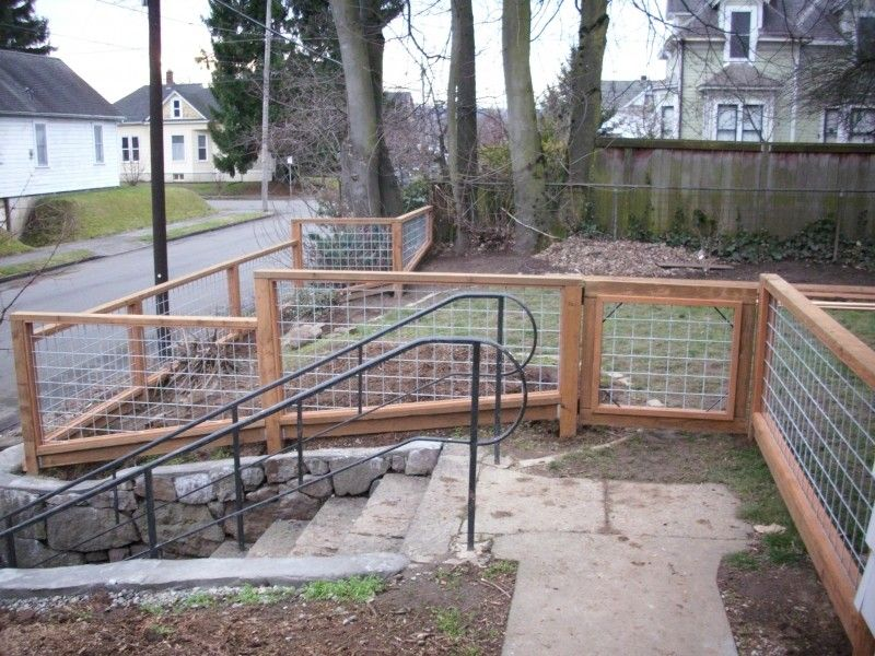 Hog+Wire+Deck+Railing+Ideas | Galvanized wire fence with Pressure ...