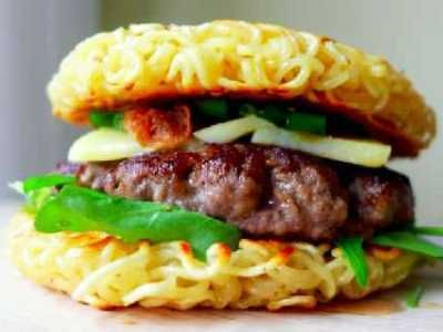 Resep Burger Mie Ramen Daging Ayam Mini Paling Spesial Bumbubalado Com Resep Burger Resep Burger