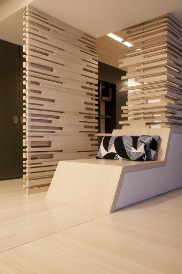 Dekoration Und Grundmotive In Der Wandfärbung Sind Eine Der Wichtigsten  Eigenschaften In Der Modernen Konzeption Vom Apartment Innendesign.