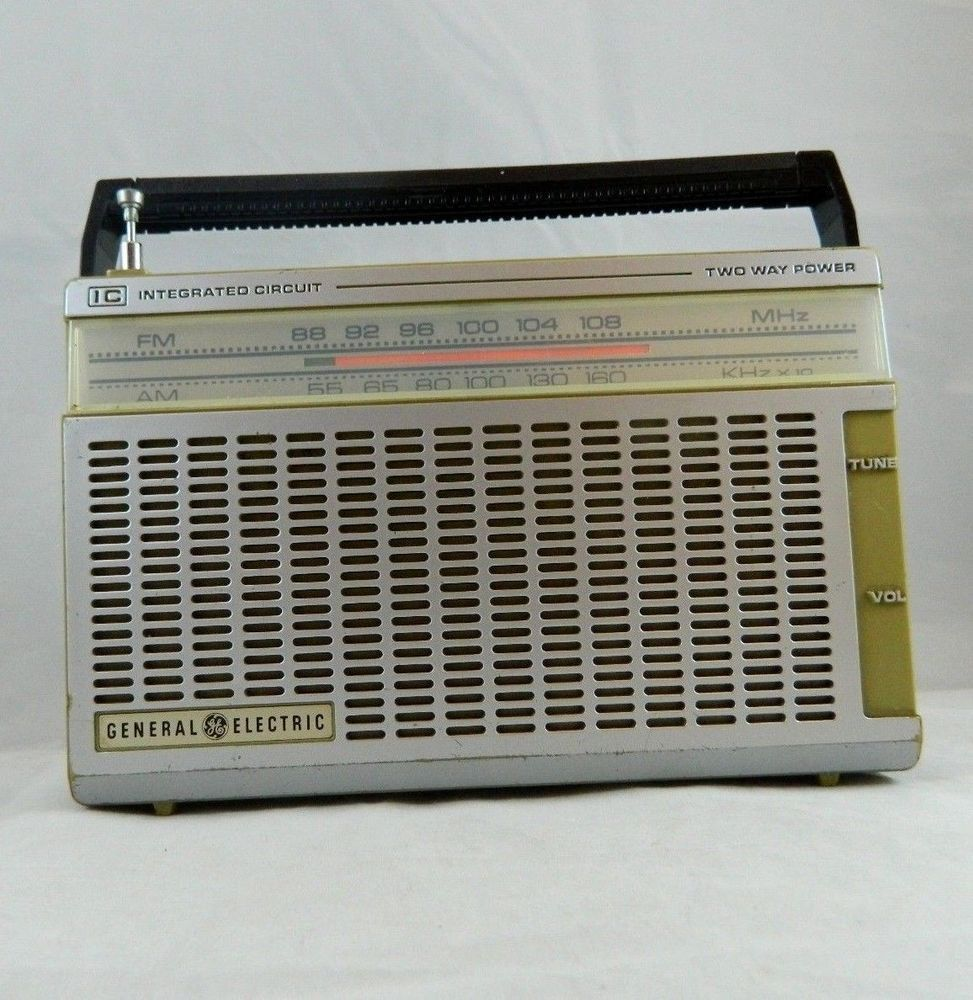 Vintage GE General Electric 7-2650A FM AM Integrated Circuit Radio ...