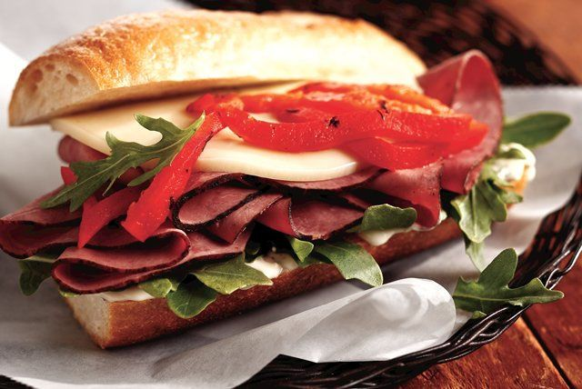 Give the antipasto lovers in your house a thrill. Make a few of these cheesy roast beef and red pepper sandwiches.