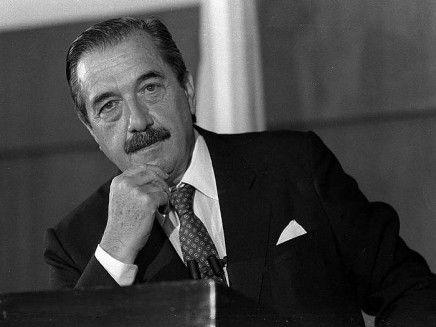 Dr. Raúl Ricardo Alfonsín: ex presidente de los argentinos