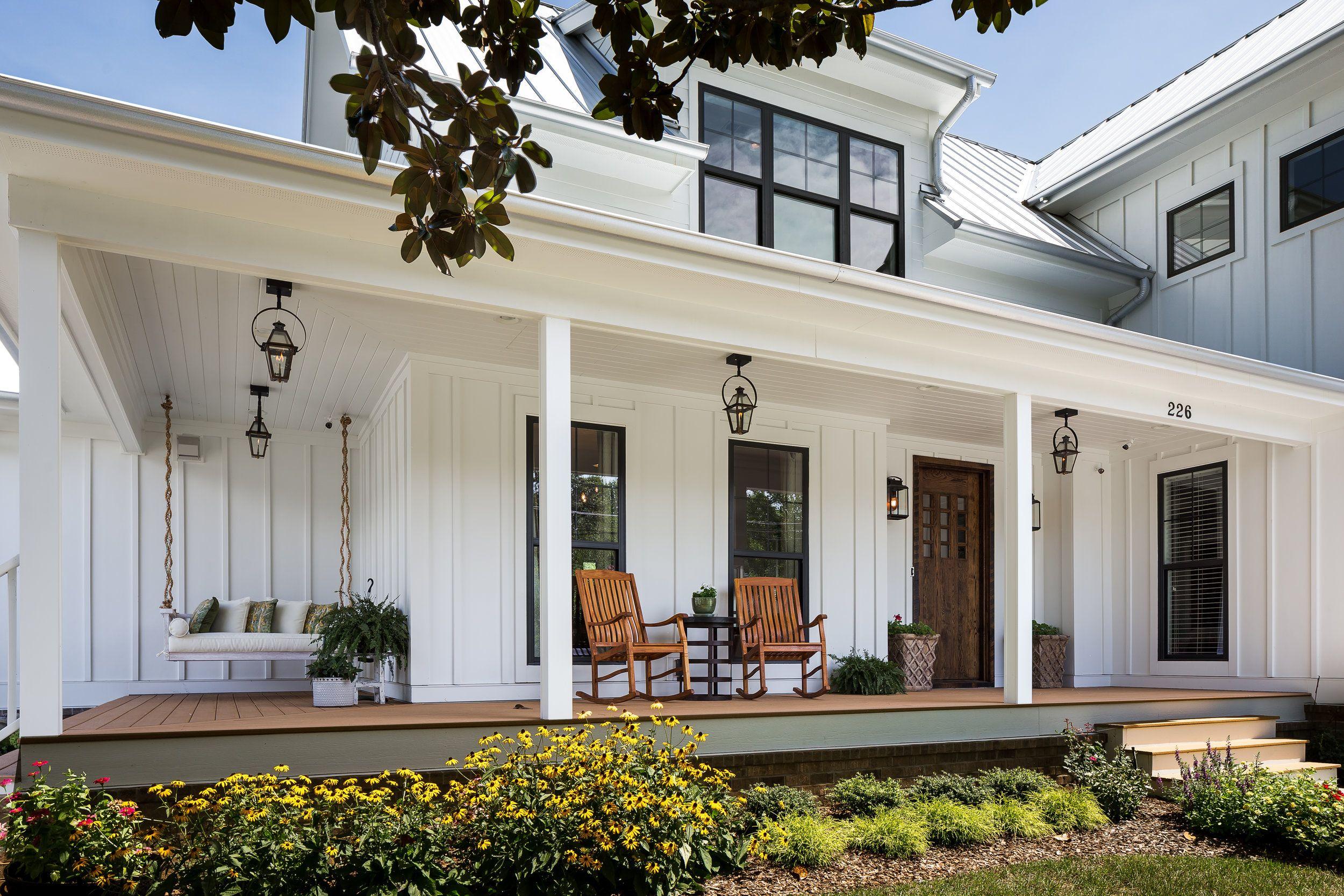 cute partial wrap front porch | Modern Farmhouse | Pinterest | Front ... for Vintage Farmhouse Exterior  45hul