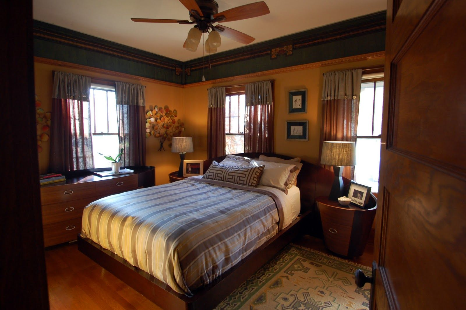 Arts and crafts style bedding - Arts And Crafts Bedroom