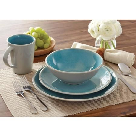 Better Homes and Gardens 16 Piece Dinnerware Set Aqua This is my