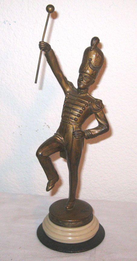 Drum Major Accessories : vintage 1930 39 s drum major trophy bakelite statue baton metal accessories vintage ~ Russianpoet.info Haus und Dekorationen