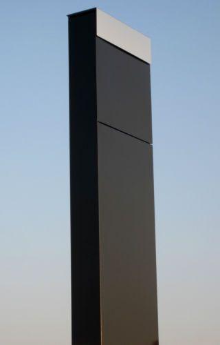 Exklusiver-Standbriefkasten-in-schwarz-Briefkasten