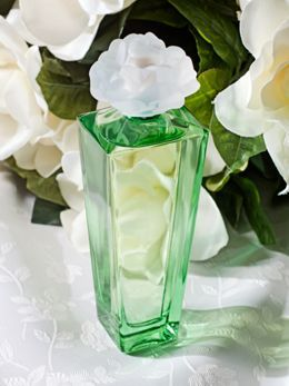Gardenia Perfume By Elizabeth Taylor Roger Just Bought Me This